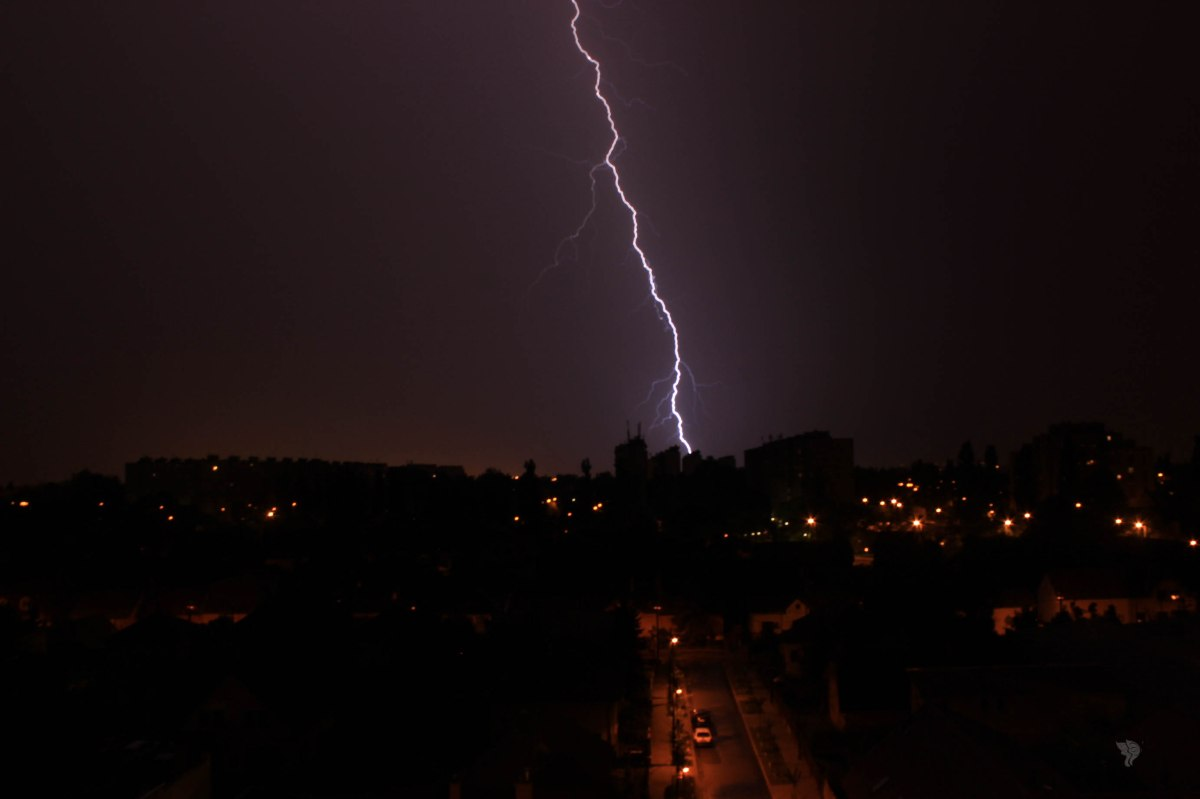 Lightning and connections – Photo of theweek